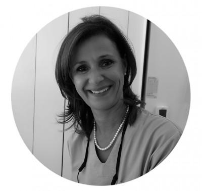 Dra Manuela Goulart